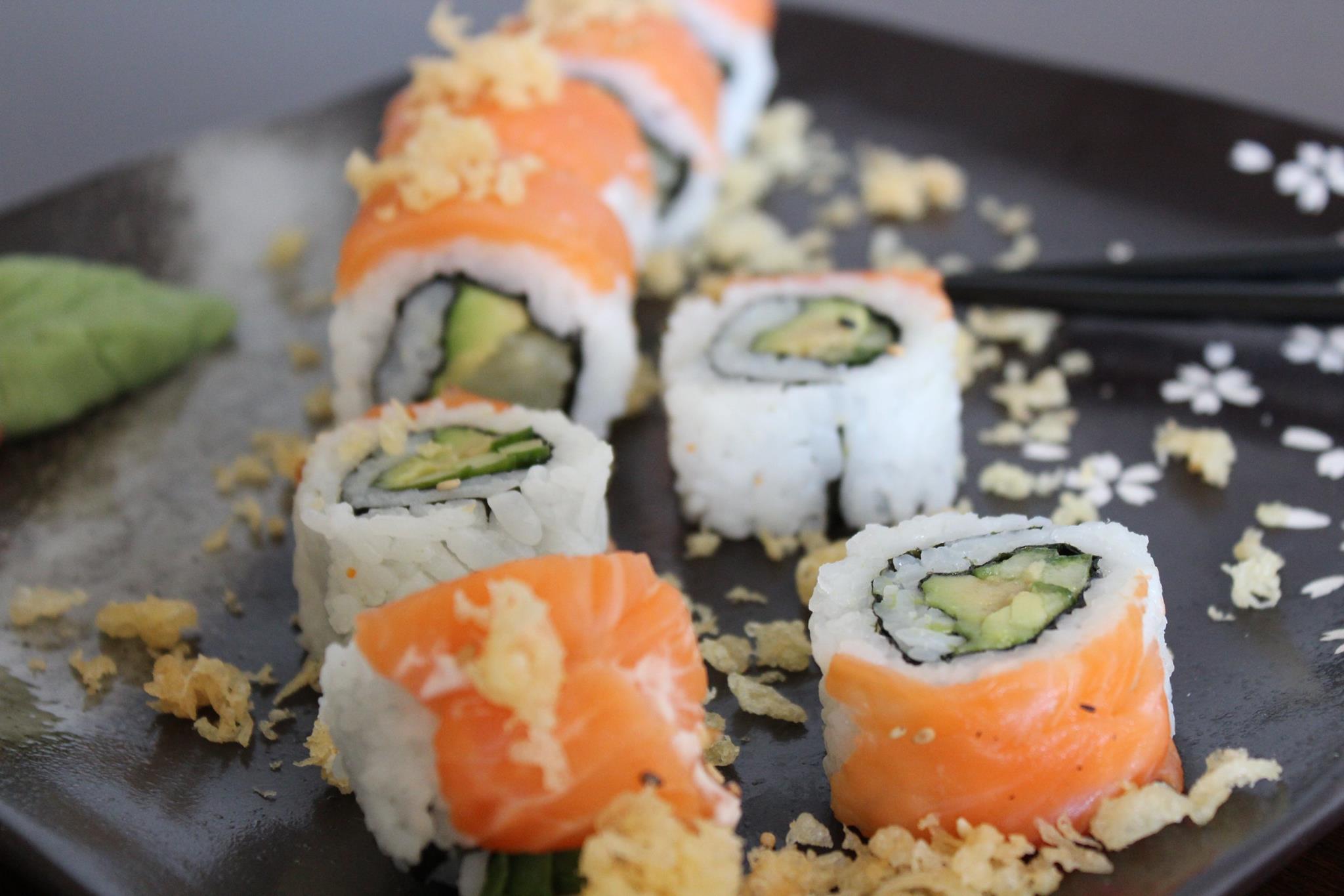 Ξέρουμε που θα φας 22 sushi με (μόνο) 10 ευρώ!