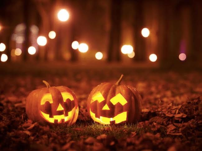 Αυτό το Halloween πάμε για σκάλισμα κολοκύθας στον Λαβύρινθο και στο δάσος!