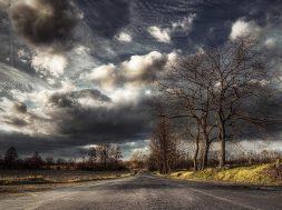Nature___Seasons___Autumn_Autumn_cloudy_day_075634_