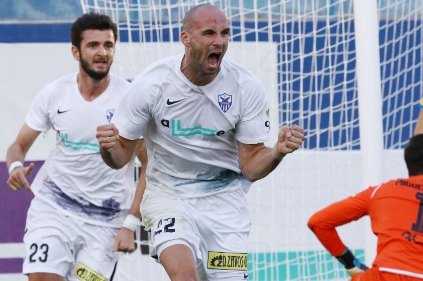 Αποθεώνει Τιμούρ ο Βργκοτς: «Μας οδηγεί στις νίκες όπου κι αν παίζουμε»