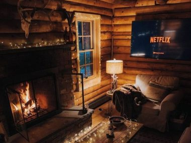 Cozy-Netflix-and-Chill-1068×757