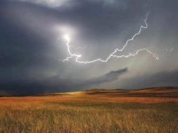 storm-730653_1280_2
