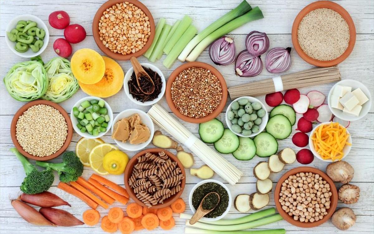 Τι είναι η μακροβιοτική διατροφή και σε ποια θεωρία στηρίζεται