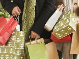 1475165054-christmas-shopping_0.png