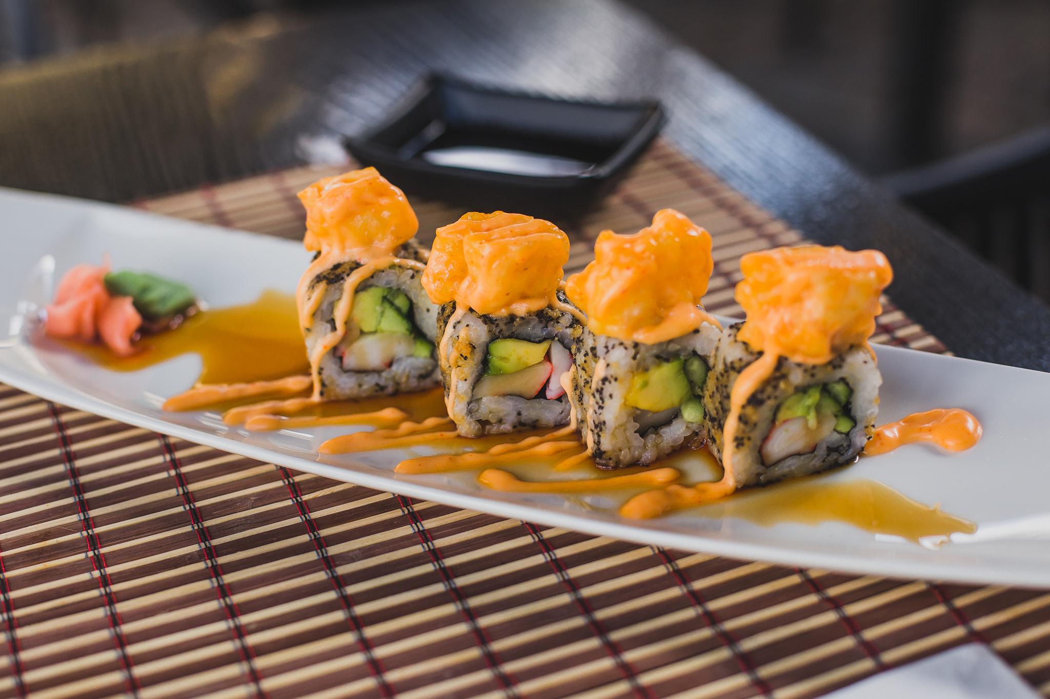 H Miss Yoko στέλνει τα λαχταριστά της sushi στο σπίτι σου