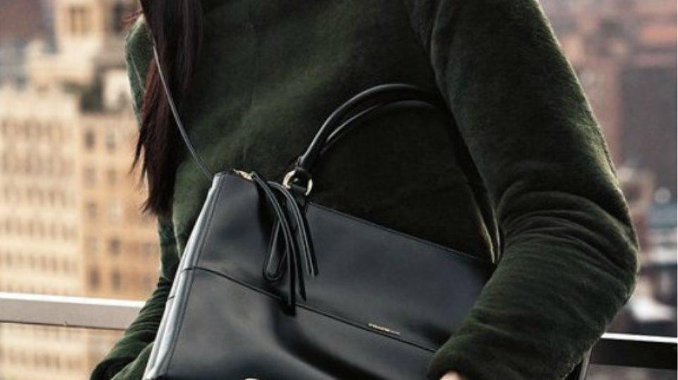 Λάρνακα: Συμπολίτισσα μας έχασε την τσάντα της και την ψάχνει