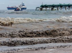 Chile-oil-spill