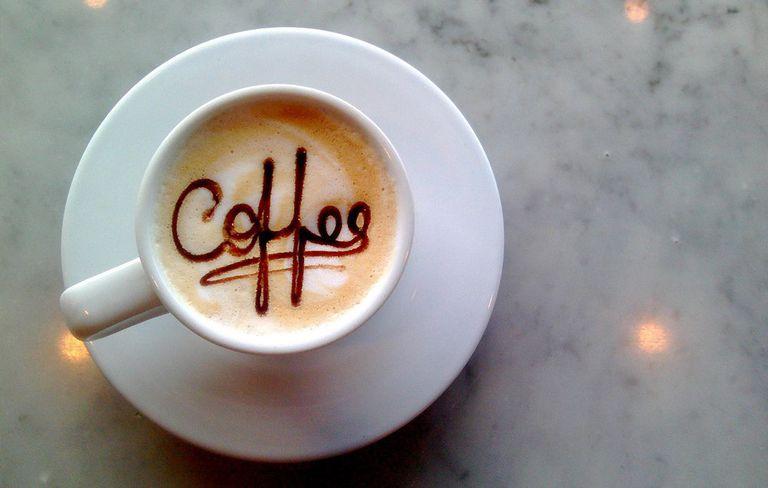 5 + 1 καφετέριες για ζεστό καφέ και γλυκό σήμερα που είναι η πιο κρύα μέρα του χρόνου