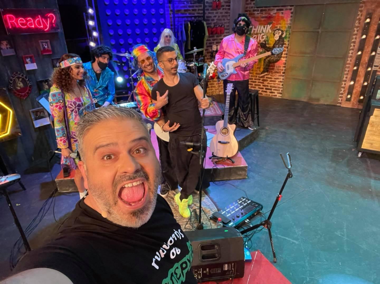 «Λούης Night Show» σήμερα με καρναβαλίστικη διάθεση και μπόλικη σάτιρα