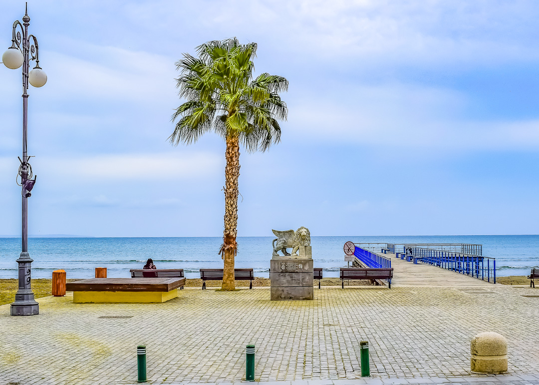 TravelAfter5_Cyprus_Larnaca_Top-5_cover