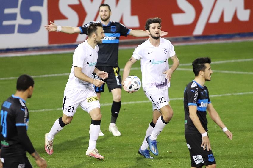 Ματσάρα στο «Παπαδόπουλος», κόκκινες, τέσσερα γκολ και ισοπαλία!