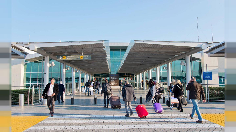 Πως θα ταξιδεύουμε; Τι συμφώνησαν Κύπρος και άλλες 12 χώρες της ΕΕ για το Πράσινο διαβατήριο