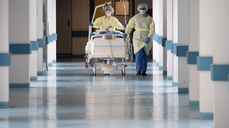 Το ιατρικό ιστορικό των τεσσάρων ατόμων που κατέληξαν χθες λόγω Covid-19