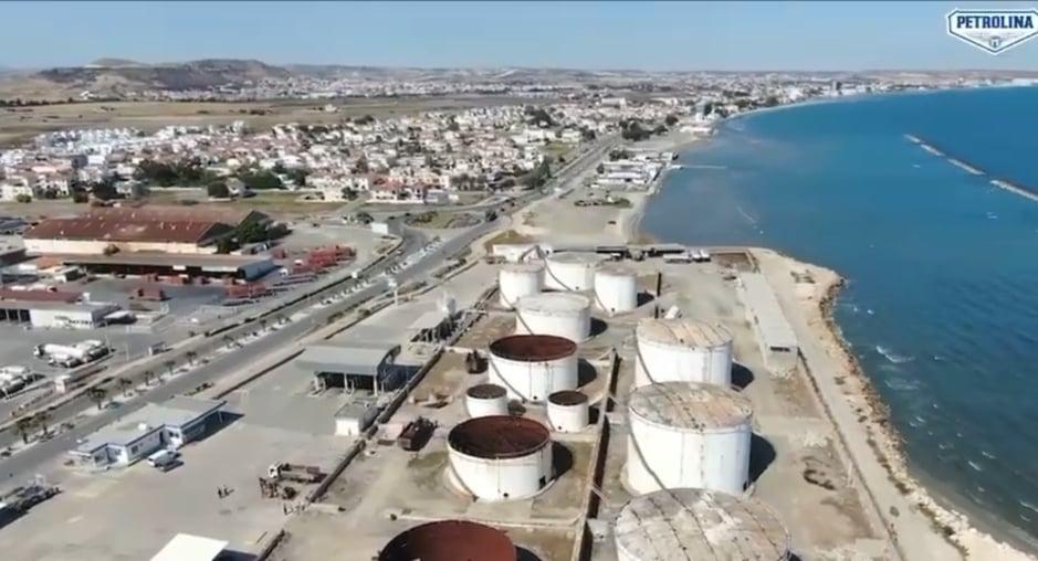 Δείτε το βίντεο από την κατεδάφιση των δεξαμενών της εταιρείας Πετρολίνα