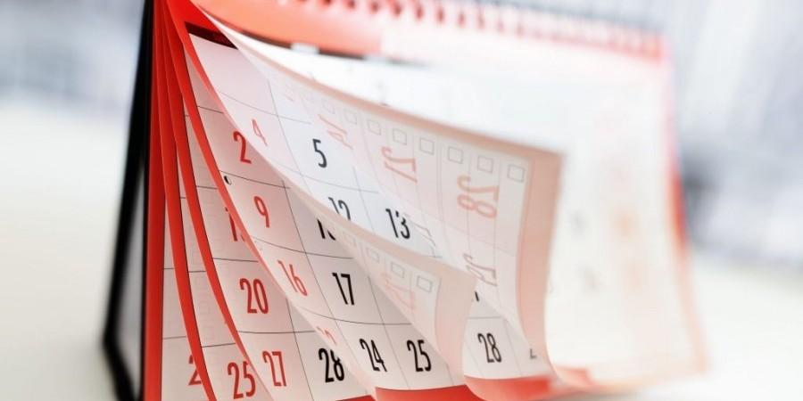 Αργίες 2021: Πότε πέφτει το Πάσχα- Δείτε όλα τα τριήμερα