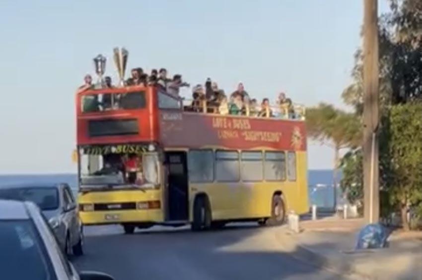 Έκαναν τον γύρο της Λάρνακας και αποθεώθηκαν (βίντεο)
