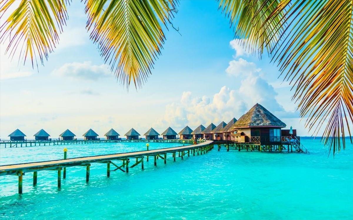 Μαλδίβες: Εμβολιάστηκε ο πληθυσμός και τώρα εμβολιάζονται οι τουρίστες