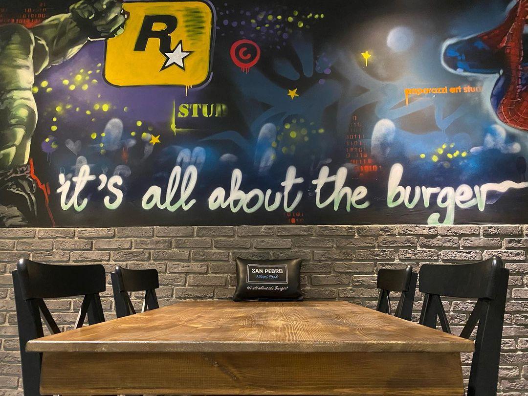 Ένα street food στη Λάρνακα φτιάχνει «βρώμικο» vegan burger