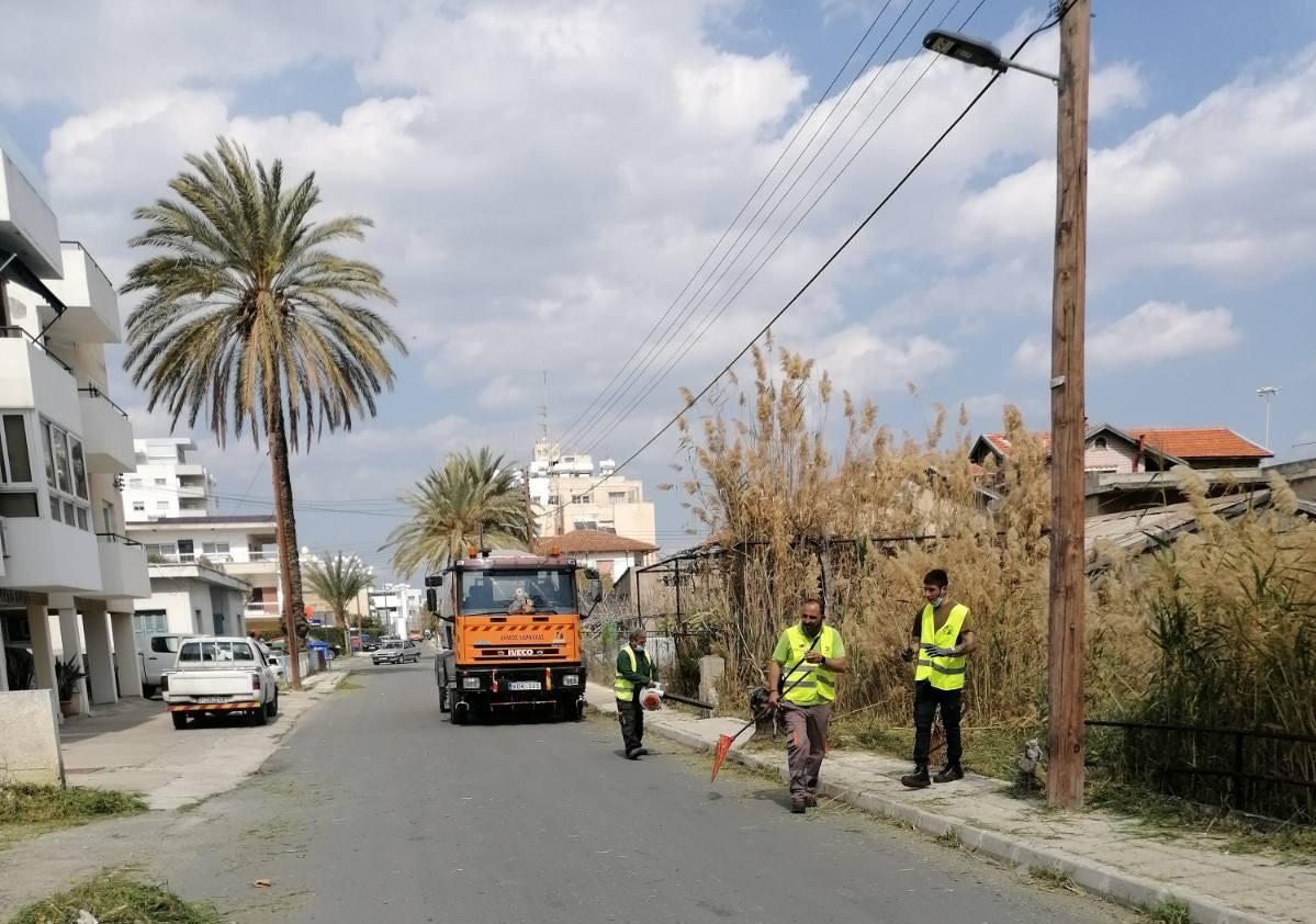 Συνεχίζονται οι εργασίες καθαρισμού από το Τμήμα Καθαριότητας του Δήμου Λάρνακας
