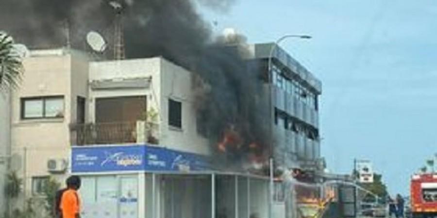 Φωτιά σε διαμέρισμα κοντά στο λιμάνι Λάρνακας-Στο νοσοκομείο ένα πρόσωπο