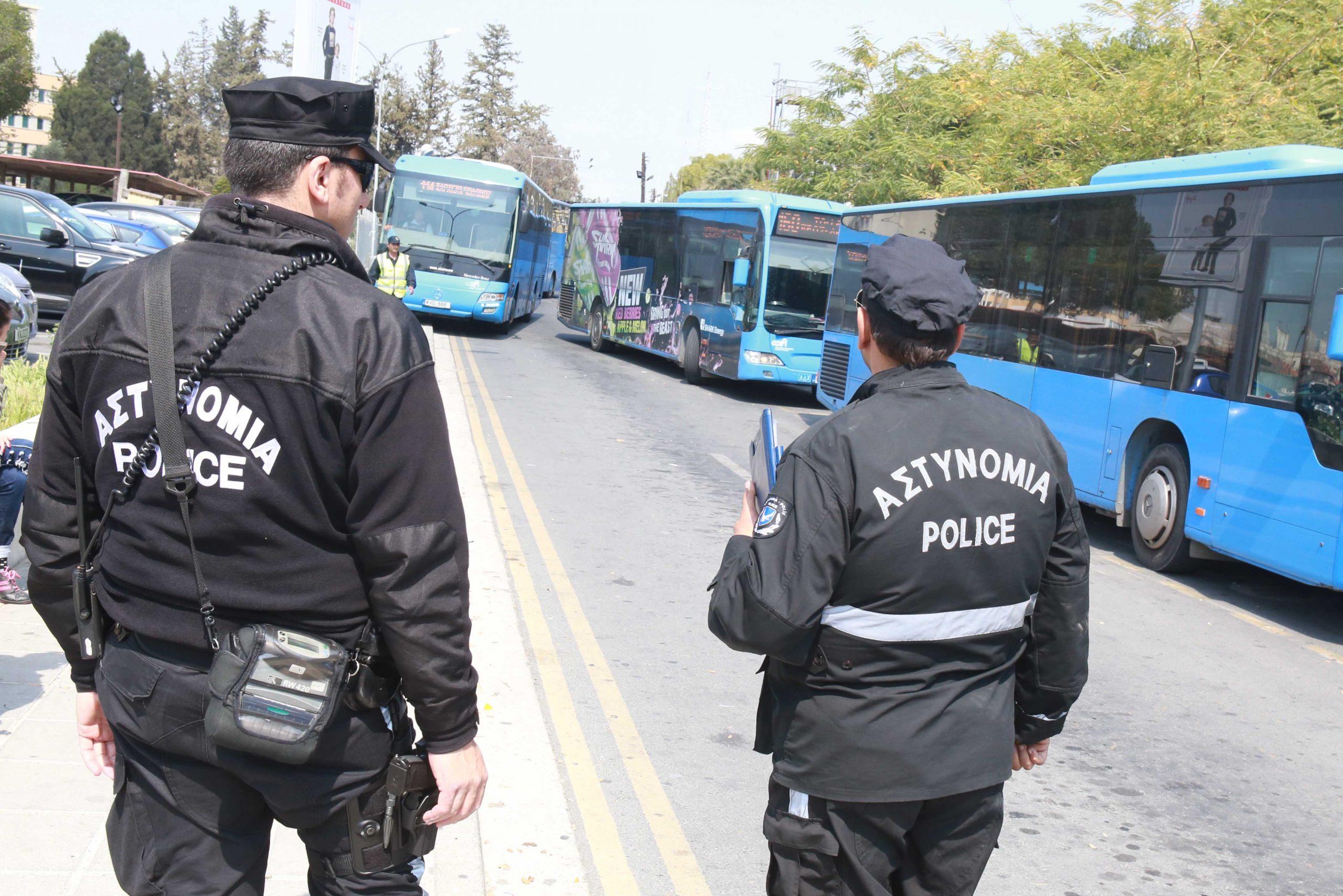 Στους δρόμους η Αστυνομία για να ελέγξει φορτηγά και λεωφορεία