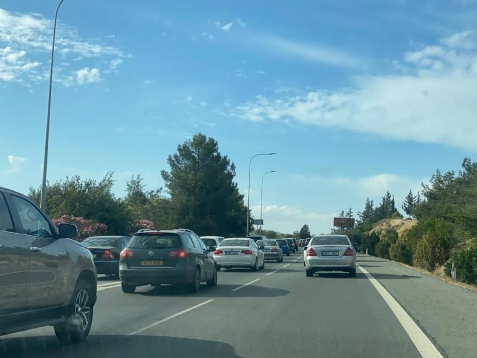 ΛΑΡΝΑΚΑ: Κυκλοφοριακό κομφούζιο στον Αυτοκινητόδρομο – Ανακοίνωση Αστυνομίας