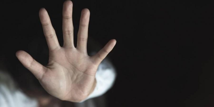 50χρονος αντιμέτωπος με καταγγελίες παρενόχλησης ανηλίκων και ενήλικα