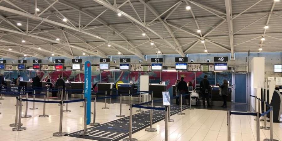 Περίπου 60 πτήσεις θα πραγματοποιηθούν σήμερα στα αεροδρόμια Λάρνακας-Πάφου