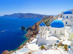 greece-island-hopping-santorini