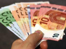 money-1005464_1920