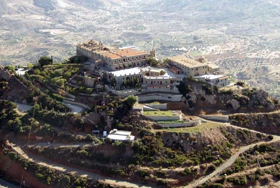 Για τρίτη εβδομάδα κλειστό για το κοινό λόγω κρουσμάτων το μοναστήρι στο Σταυροβούνι