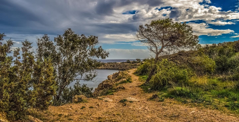 5 μονοπάτια της φύσης για να εξερευνήσεις με την πρώτη ευκαιρία