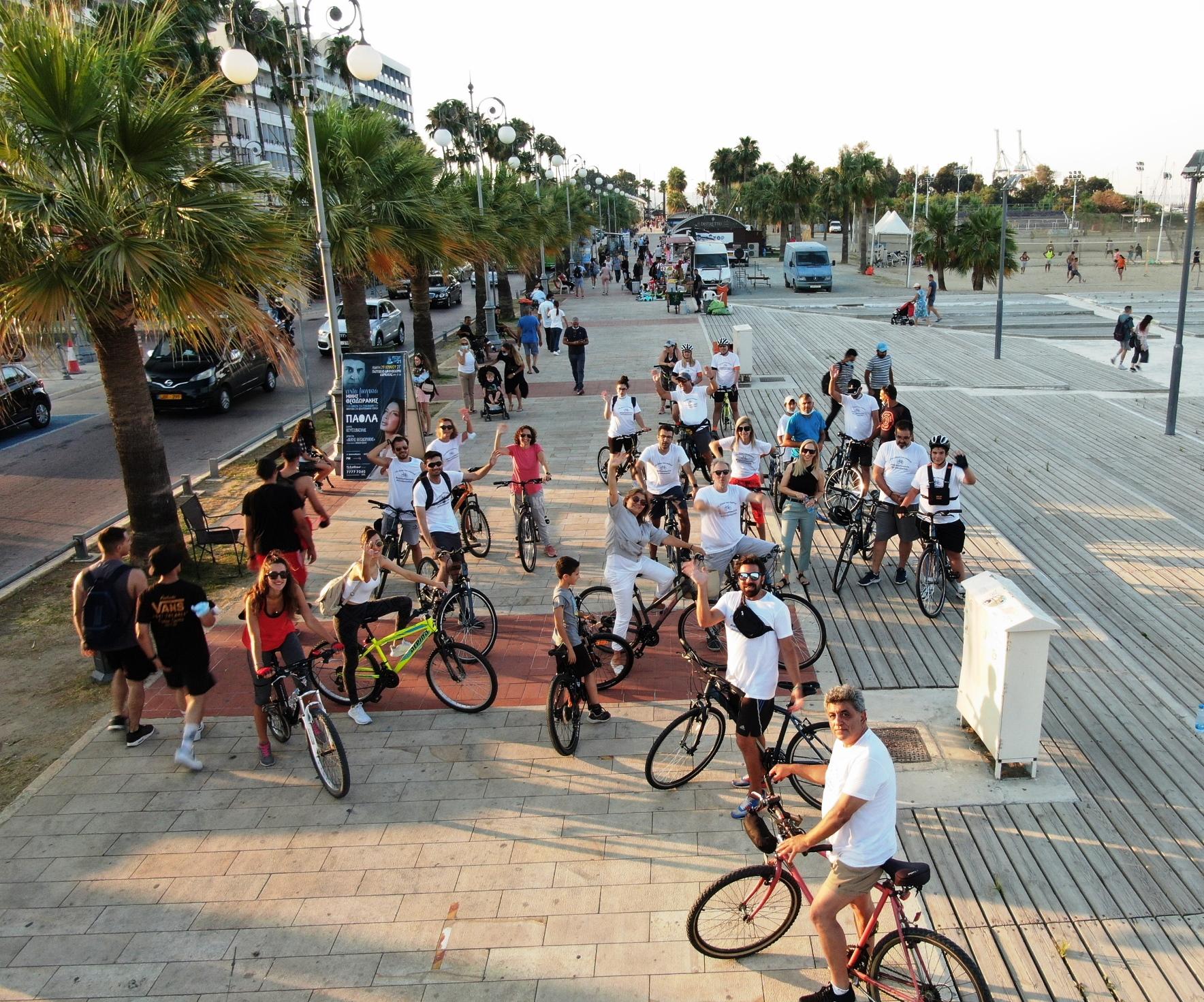 Με επιτυχία ο ποδηλατικός γύρος στο κέντρο της Λάρνακας (Φώτο)