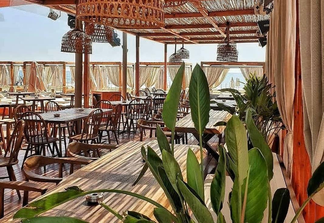 Tα Greek Parties του Lush beach bar επιστρέφουν!