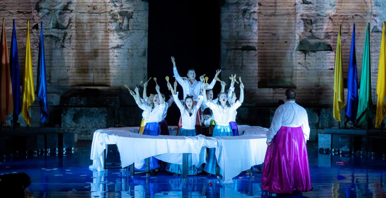 Το Φεστιβάλ Κύπρια σηκώνει αυλαία με μια πρωτότυπη διασκευή της κωμωδίας του Αριστοφάνη