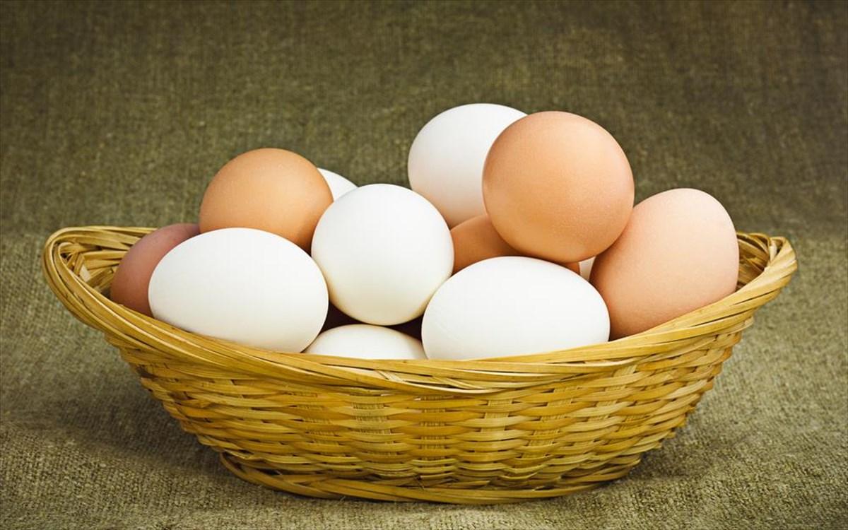 Γνωρίζετε ποια είναι η διαφορά μεταξύ καφέ και λευκών αβγών;