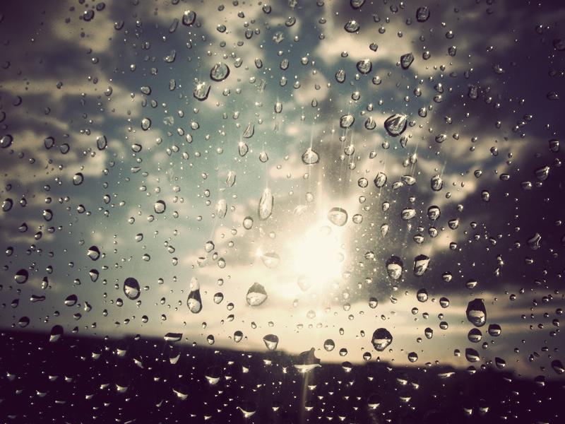 Βροχές και πιθανόν καταιγίδες στο μενού του καιρού – Η πρόγνωση μέχρι την Πέμπτη