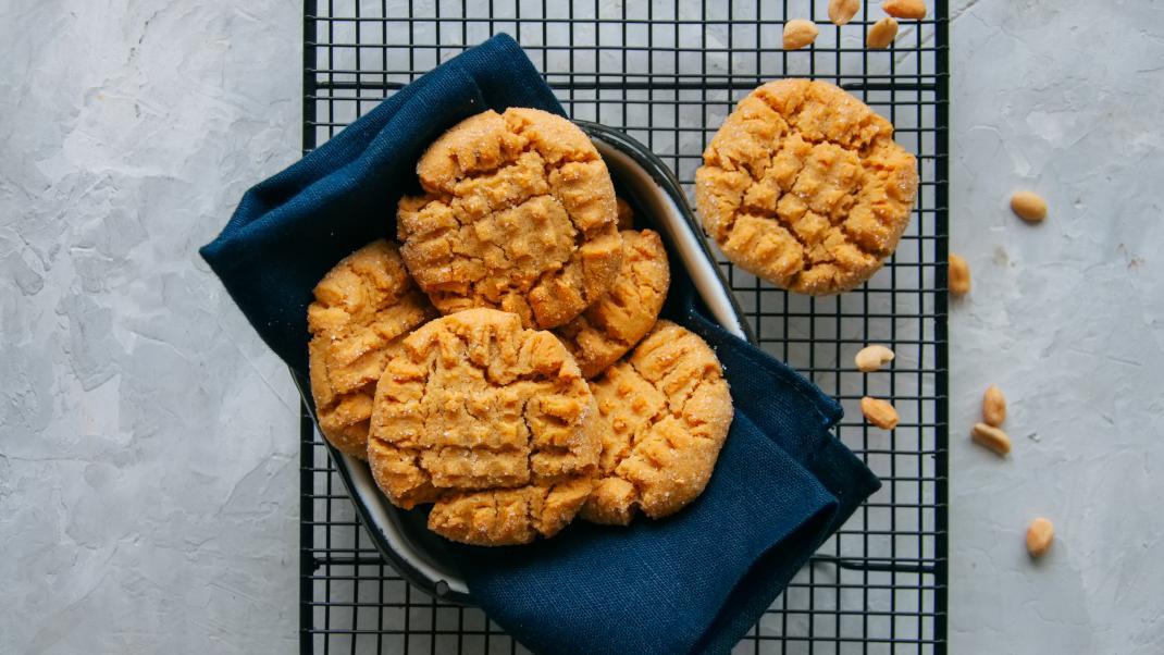 Σπιτικά μπισκότα με 3 υλικά -Χωρίς ψήσιμο, υγιεινά και πεντανόστιμα