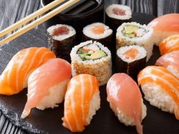 sushi-gettyimages-759
