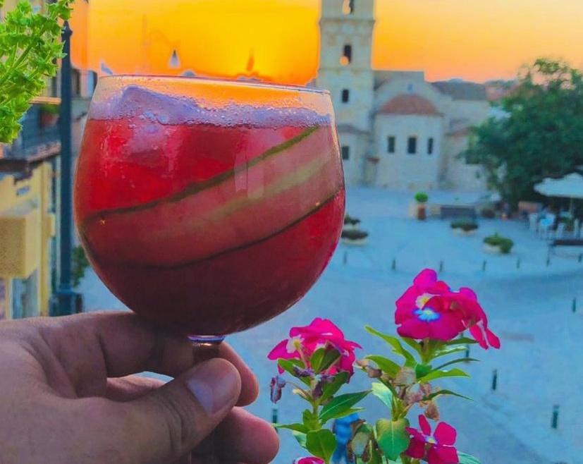3 roofbars στη Λάρνακα για χαλαρό ποτάκι για σήμερα που είναι Δευτέρα