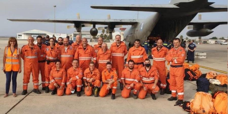 Έφτασε στην Ελλάδα η κυπριακή αποστολή για την κατάσβεση των πυρκαγιών
