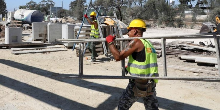 Το Τμήμα Επ. Εργασίας για επιβαλλόμενη αλλαγή εργασιών λόγω πιθανού καύσωνα