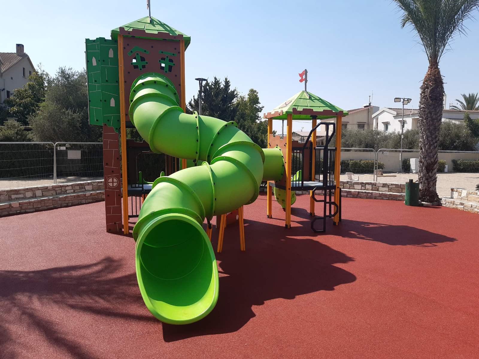 Ολοκληρώθηκαν οι εργασίες στο Καλλινίκειο Δημοτικό Πάρκο Αθηένου (φώτο)