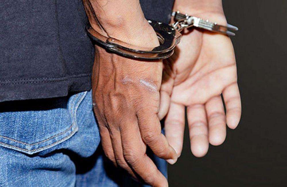 ΛΑΡΝΑΚΑ :Ξυλοφόρτωσαν 27χρονο με σιδερογροθιά σε parking υπεραγοράς. Χειροπέδες σε δύο πρόσωπα