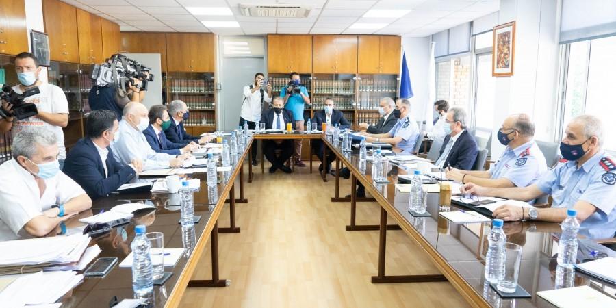 Ευρεία σύσκεψη στη ΝΥ για τις πυρκαγιές-Οι εισηγήσεις για αυστηροποίηση ποινών