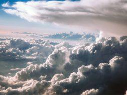 17693283_web1_cloud_1