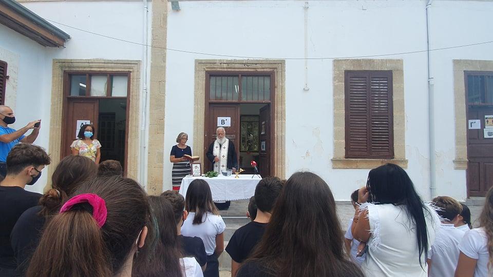 Ο Παναγιώτης είναι ο μοναδικός τελειόφοιτος μαθητής, στο σκλαβωμένο Ριζοκάρπασο
