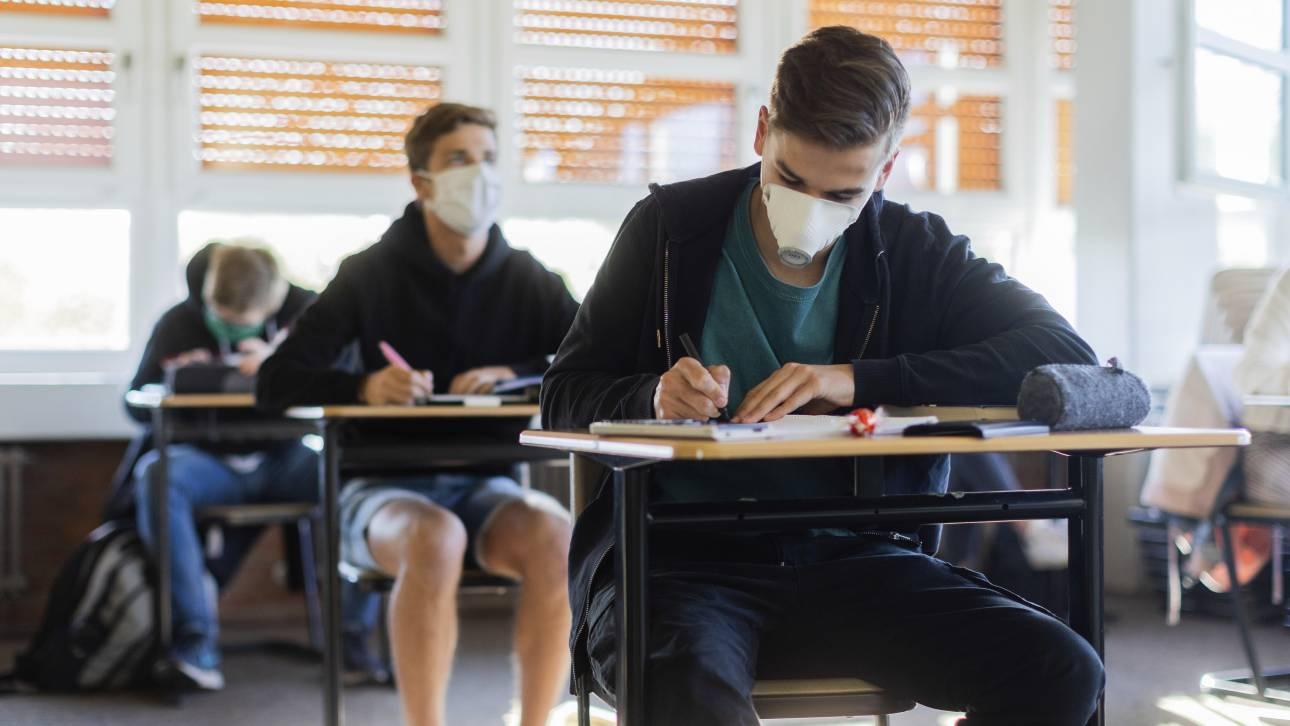 """""""Βόμβα"""" λοιμώξεων τα σχολεία: Προειδοποιούν οι ειδικοί ενόψει χειμώνα (ΒΙΝΤΕΟ)"""