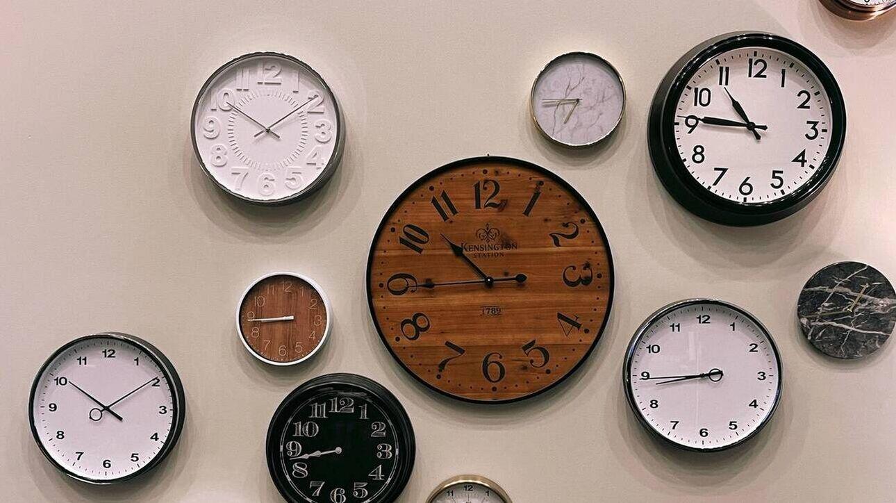 Αλλαγή ώρας: Θα βάλουμε τα ρολόγια μία ώρα πίσω στα τέλη Οκτωβρίου ή όχι;