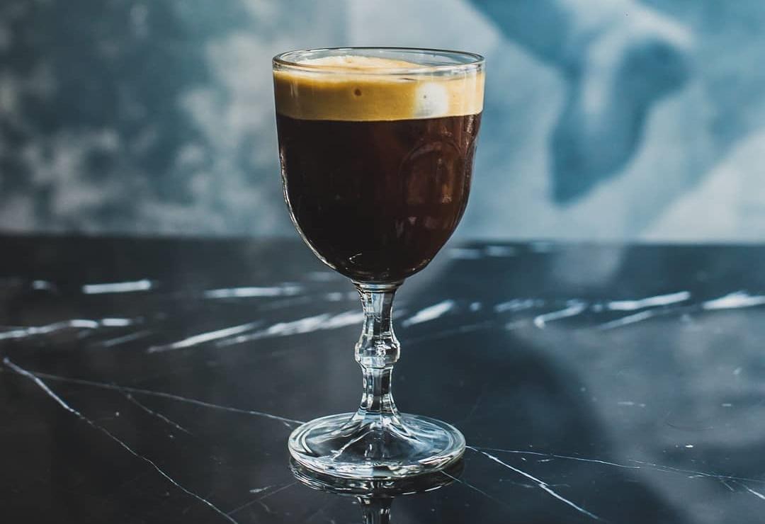 5 + 1 καφετέριες στην καρδιά της Λάρνακας για τον απογευματινό καφέ της ημέρας